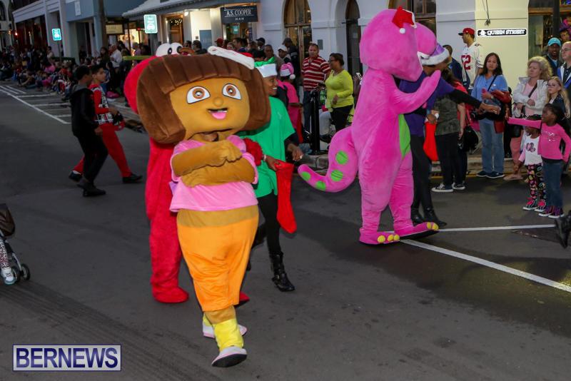 MarketPlace-Santa-Parade-Bermuda-November-29-2015-43