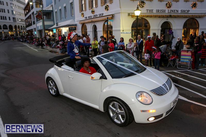 MarketPlace-Santa-Parade-Bermuda-November-29-2015-46