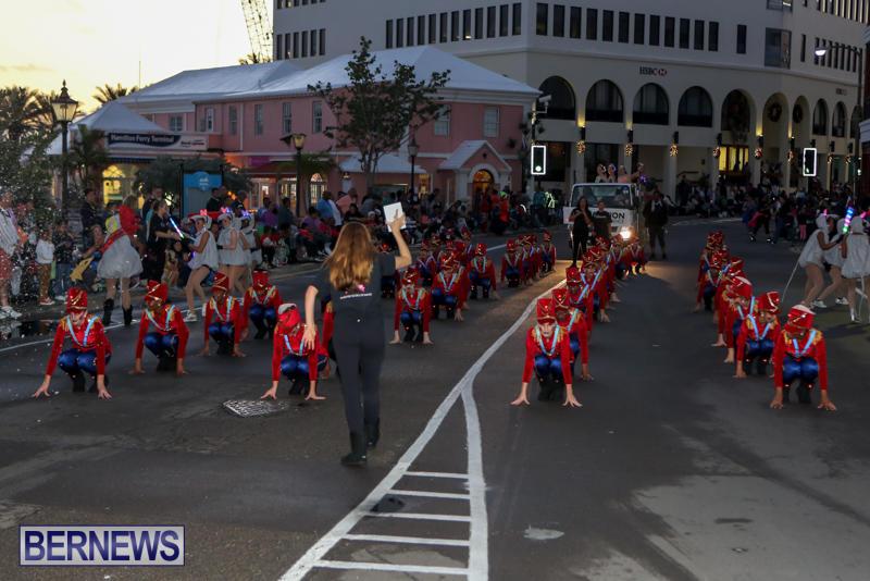 MarketPlace-Santa-Parade-Bermuda-November-29-2015-49
