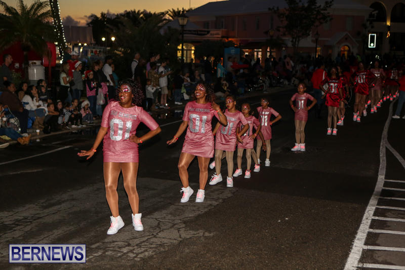 MarketPlace-Santa-Parade-Bermuda-November-29-2015-61