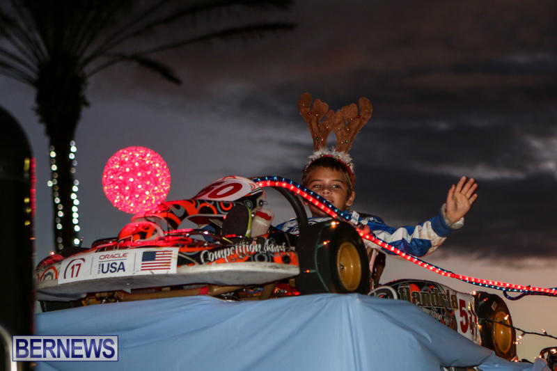 MarketPlace-Santa-Parade-Bermuda-November-29-2015-73