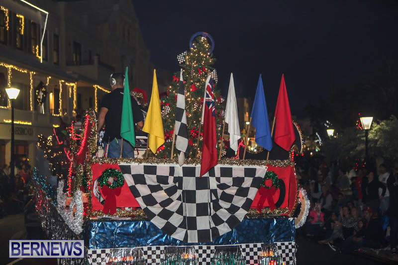 MarketPlace-Santa-Parade-Bermuda-November-29-2015-79