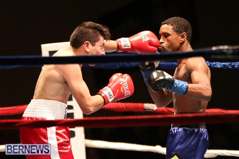 Nikki-Bascome-vs-Pilo-Reyes-Boxing-Match-Bermuda-November-8-2015-18