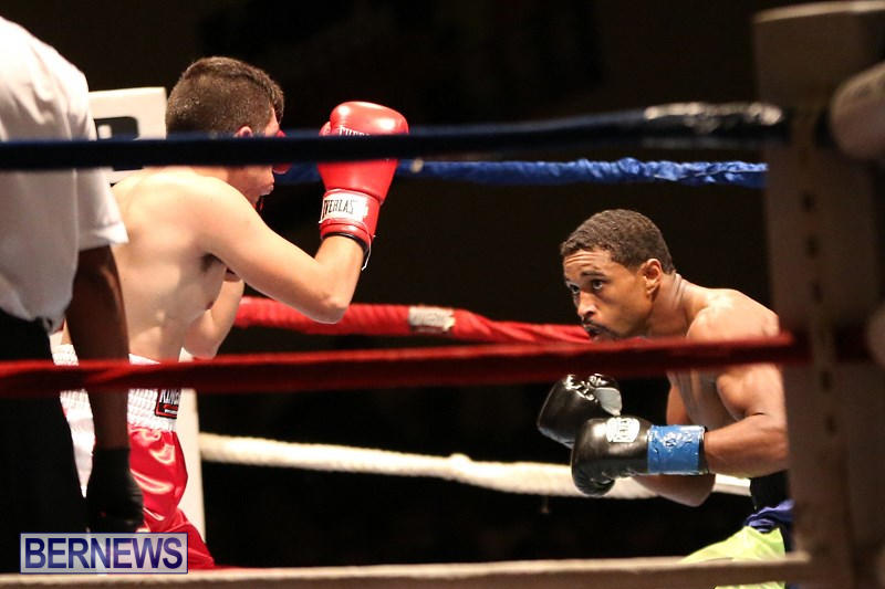Nikki-Bascome-vs-Pilo-Reyes-Boxing-Match-Bermuda-November-8-2015-20