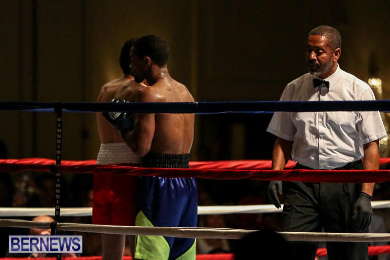 Nikki-Bascome-vs-Pilo-Reyes-Boxing-Match-Bermuda-November-8-2015-42