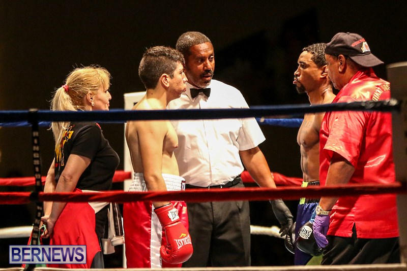 Nikki-Bascome-vs-Pilo-Reyes-Boxing-Match-Bermuda-November-8-2015-5