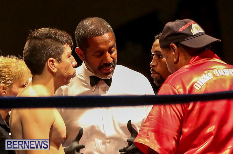 Nikki-Bascome-vs-Pilo-Reyes-Boxing-Match-Bermuda-November-8-2015-6