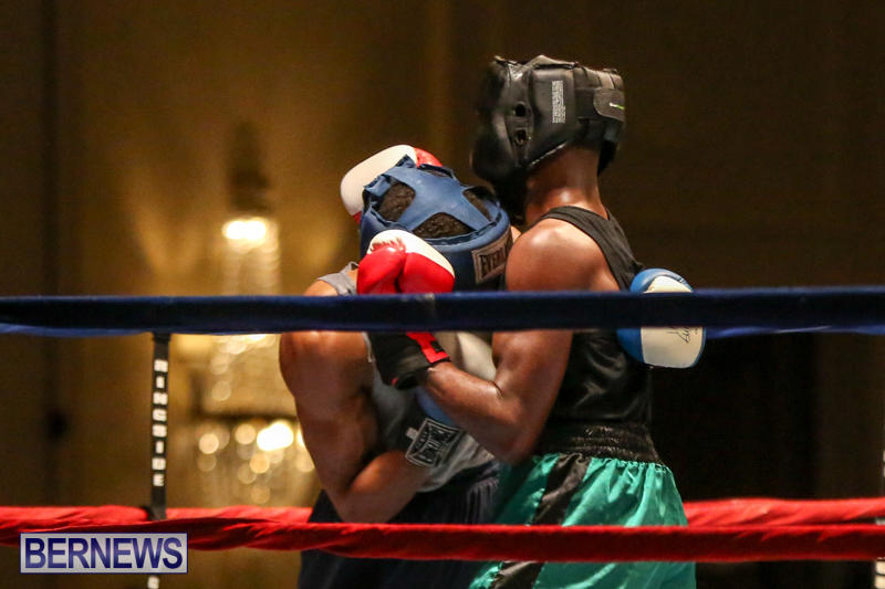 Tyler Christopher vs Kaya Simmons Boxing Bermuda, November 7 2015 (16)