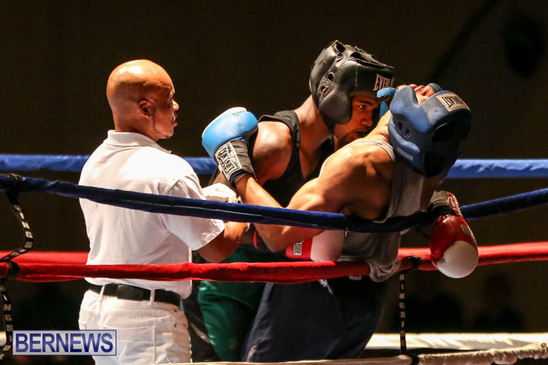 Tyler Christopher vs Kaya Simmons Boxing Bermuda, November 7 2015 (18)