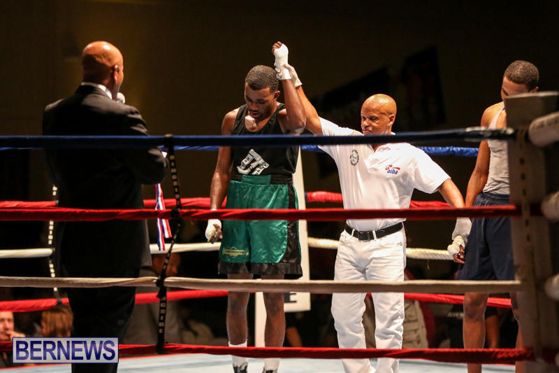 Tyler Christopher vs Kaya Simmons Boxing Bermuda, November 7 2015 (20)
