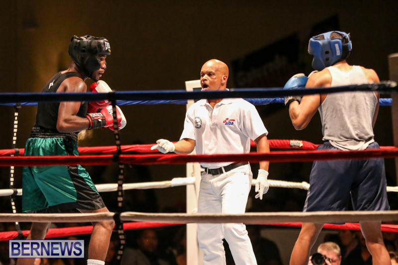Tyler Christopher vs Kaya Simmons Boxing Bermuda, November 7 2015 (7)