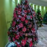2015 Bermuda Christmas Trees in  Mall JM (9)