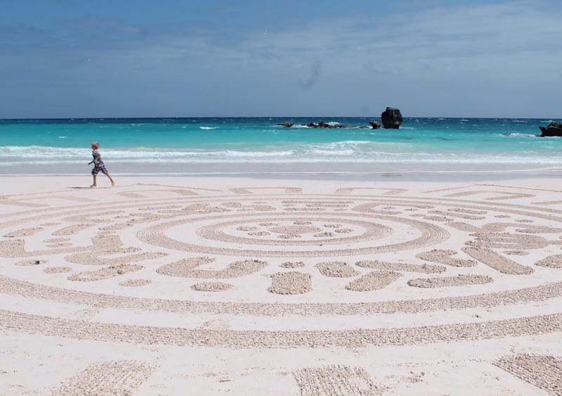 Bermuda Beach Art Dec 27 2015 (1)