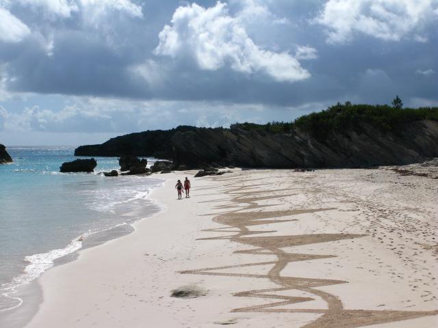 Bermuda Beach Art Dec 27 2015 (2)
