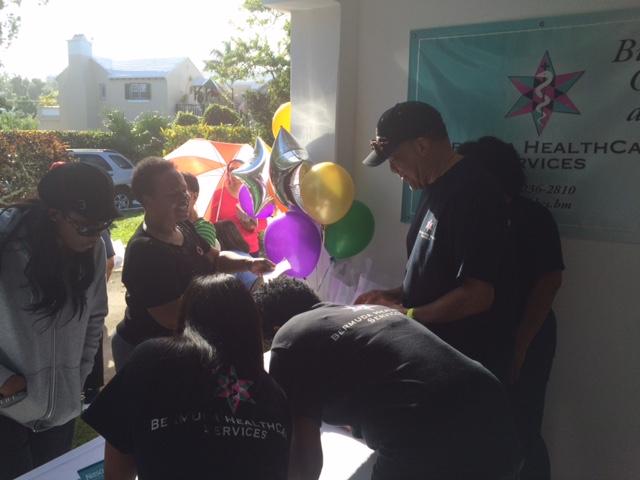 Bermuda-HealthCare-Services-Turkey-Give-Away-Dec-20-2015-12