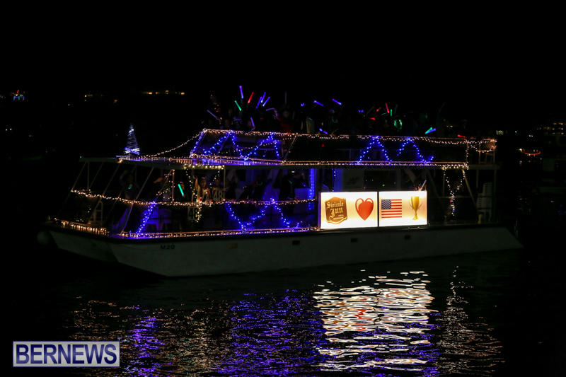 Christmas-Boat-Parade-Bermuda-December-12-2015-115