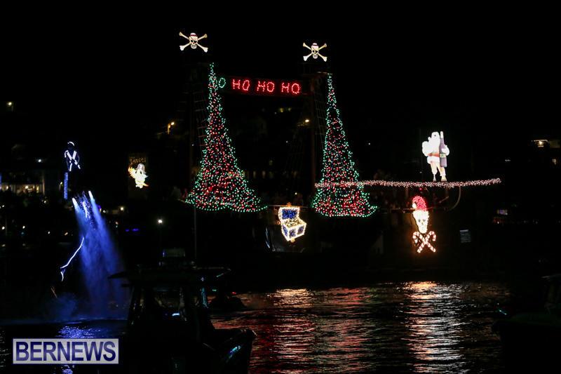 Christmas-Boat-Parade-Bermuda-December-12-2015-12
