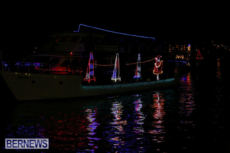 Christmas-Boat-Parade-Bermuda-December-12-2015-122