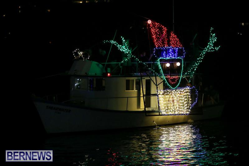 Christmas-Boat-Parade-Bermuda-December-12-2015-24