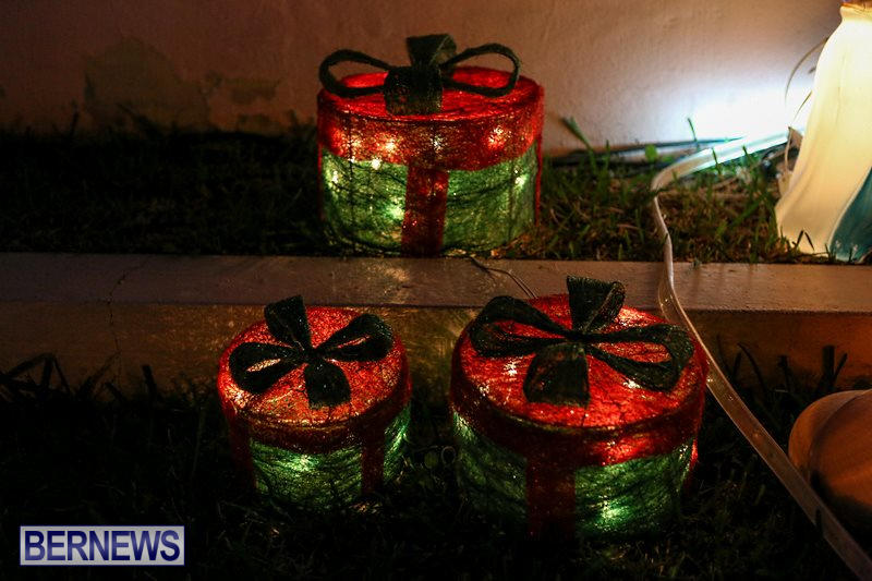 Christmas-Lights-Decorations-Bermuda-December-22-2015-30
