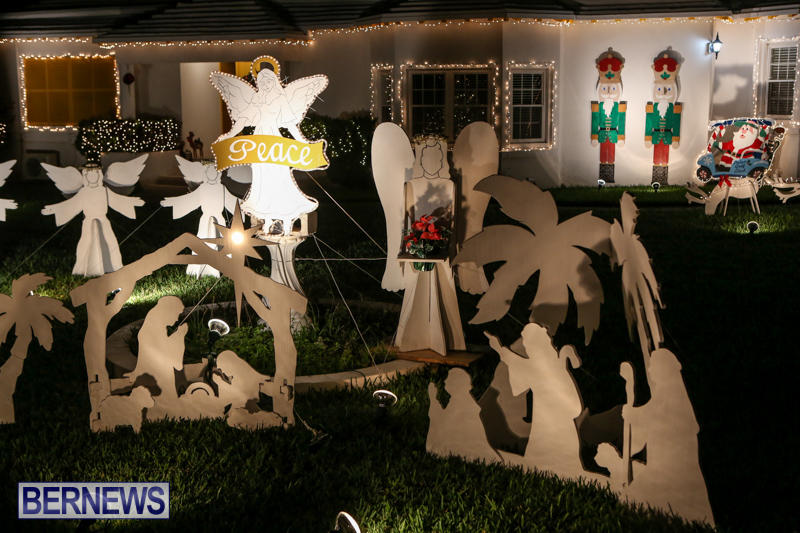 Christmas-Lights-Decorations-Bermuda-December-23-2015-162