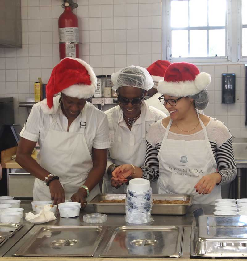 Health Council gives-up Christmas lunch (1)