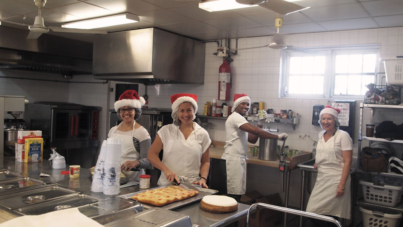 Health Council gives-up Christmas lunch (2)