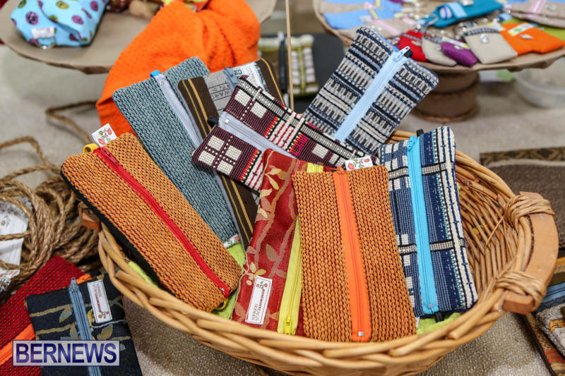 Home-Grown-Alternatives-Crafts-Show-Bermuda-December-5-2015-32