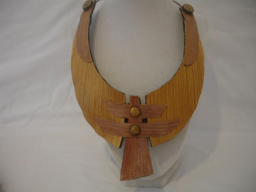 Royal Palm neck piece