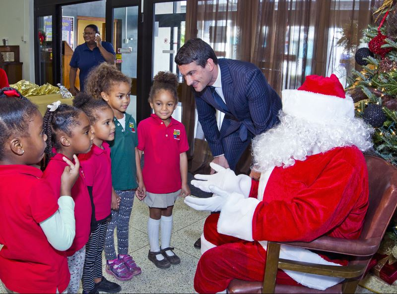 Santa Visits Post Office (1)