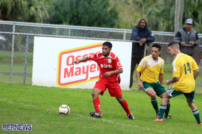 bermuda-football-dec-201512