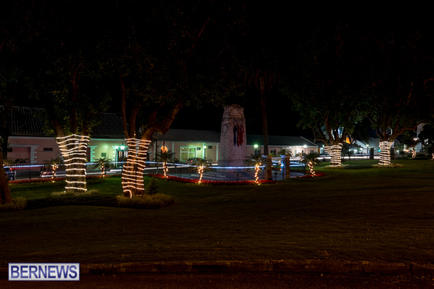 christmas-lights-decorations-2015-25