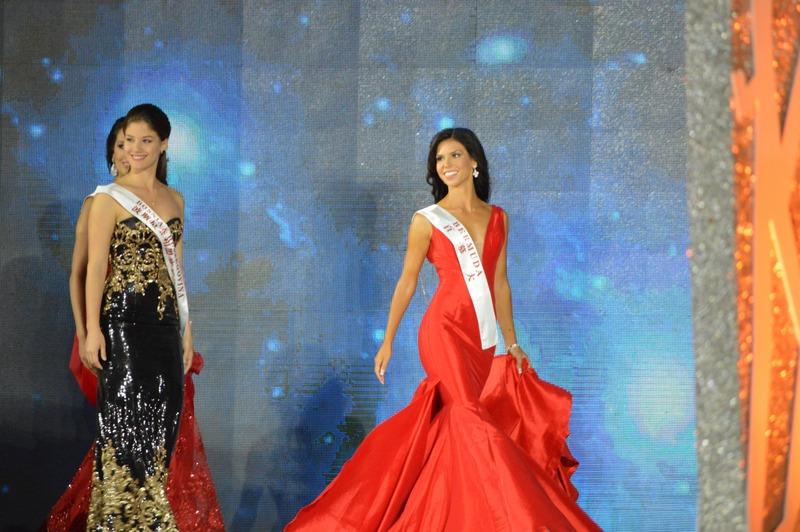 Miss-Bermuda-at-2015-Miss-World-1