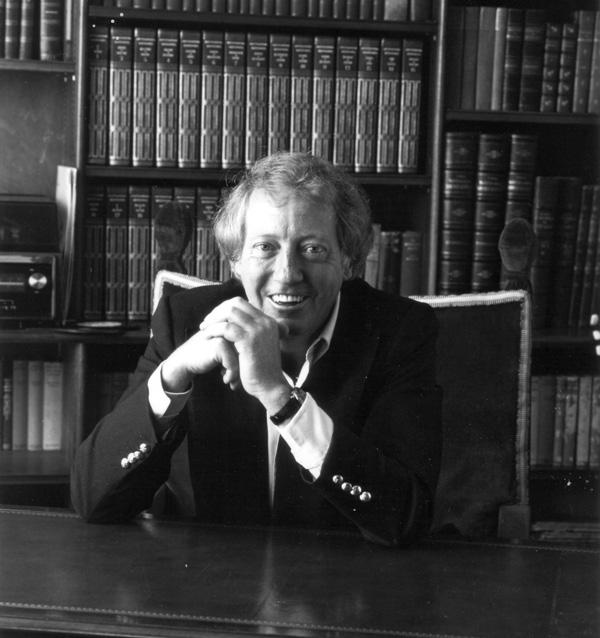 Music Producer Robert Stigwood Dead At 81