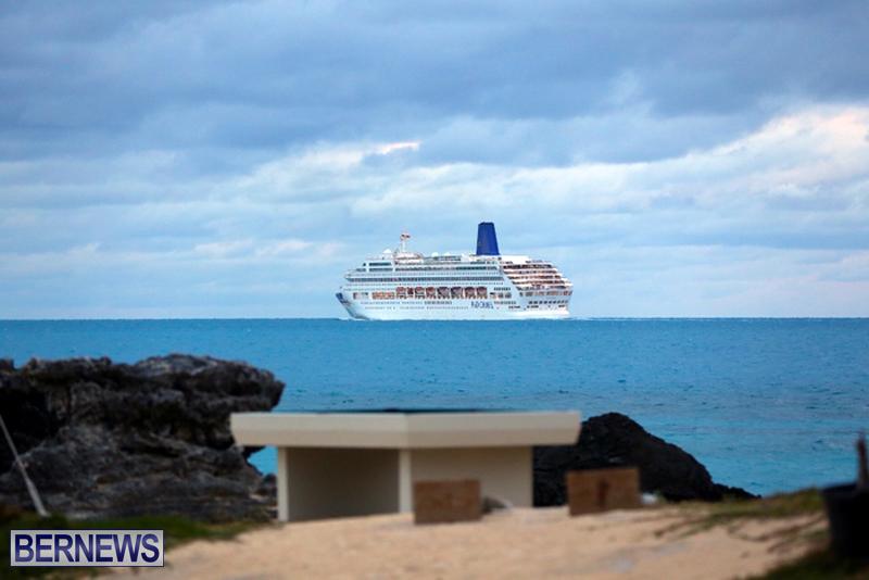 CRUISE SHIP ARRIVAL BERMUDA 2016 FEB (4)