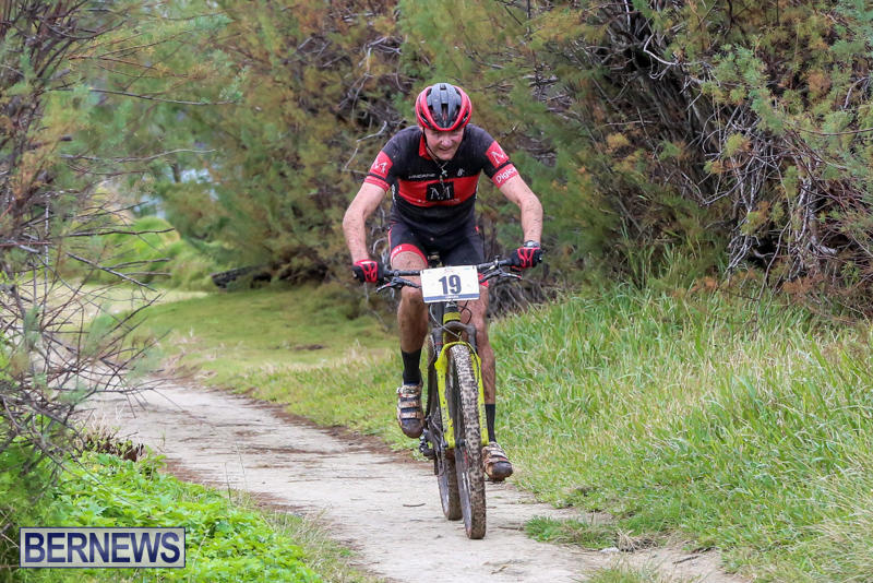 End-To-End-Mountain-Bike-Cycle-For-Change-Bermuda-February-7-2016-42
