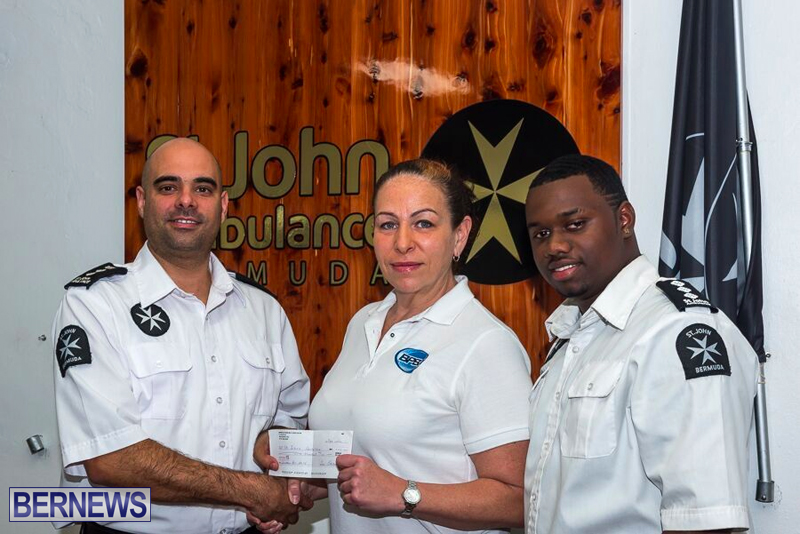 Powerboat Association Donates To St. John Ambulance Feb 17 2016 (3)