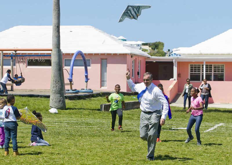 Elliot Primary School Kite Day Bermuda March 25 2016 (1)