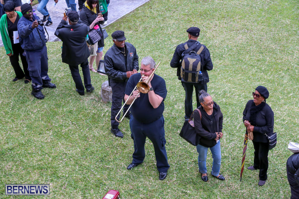 Immigration-Protest-House-Of-Assembly-Bermuda-March-4-2016-8