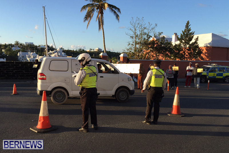 Protesters-On-East-Broadway-Bermuda-Mar-1-2016-1