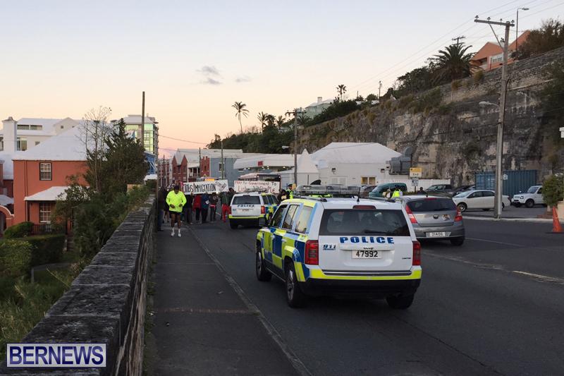 Protesters-On-East-Broadway-Bermuda-Mar-1-2016-24
