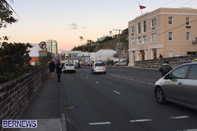 Protesters-On-East-Broadway-Bermuda-Mar-1-2016-25