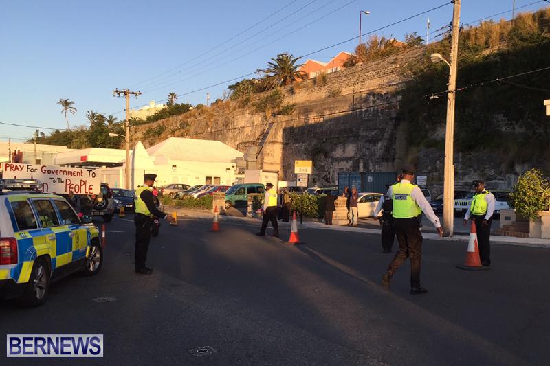 Protesters-On-East-Broadway-Bermuda-Mar-1-2016-8