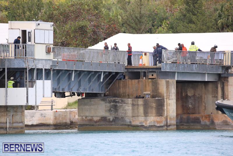 swing-bridge-testing-march-2016-bermuda-14