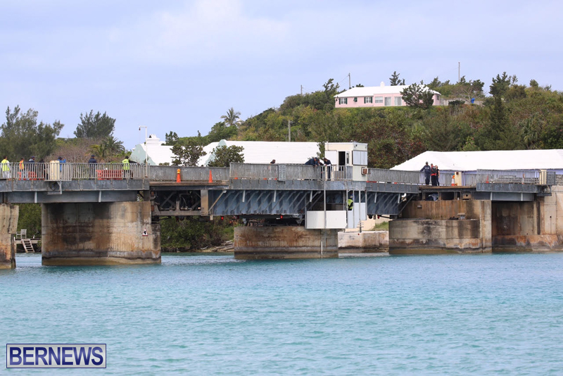 swing-bridge-testing-march-2016-bermuda-20