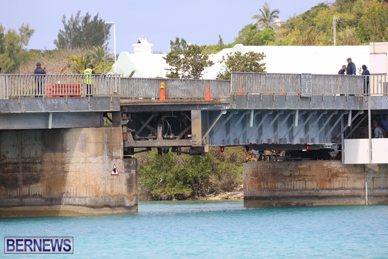swing-bridge-testing-march-2016-bermuda-31