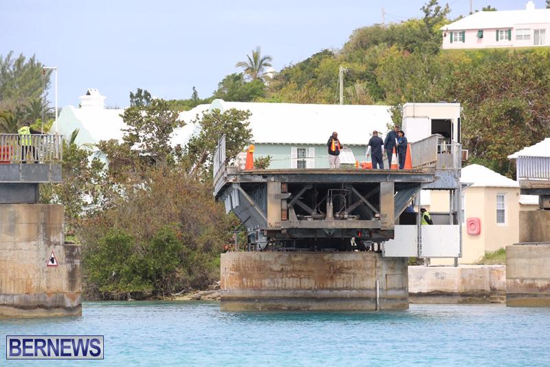 swing-bridge-testing-march-2016-bermuda-38