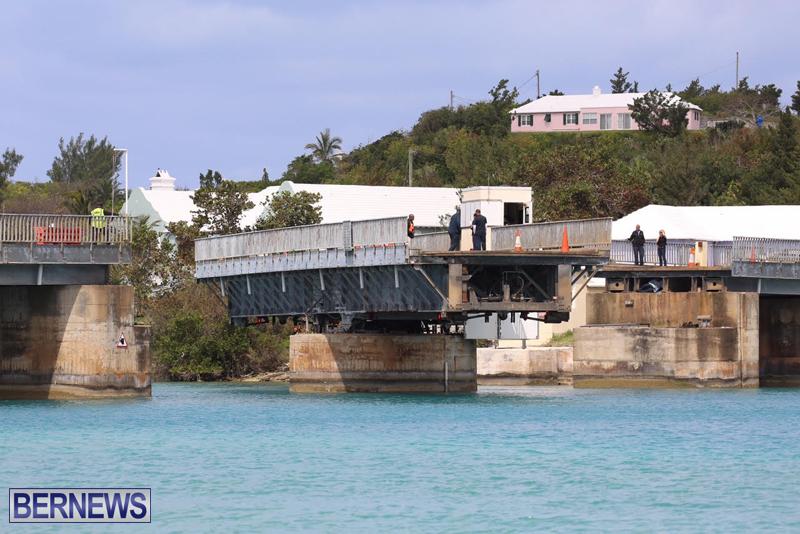 swing-bridge-testing-march-2016-bermuda-41