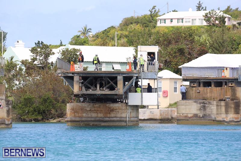 swing-bridge-testing-march-2016-bermuda-50