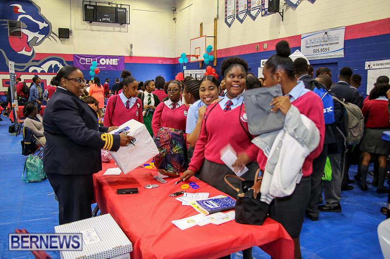 CedarBridge-Academy-Vocational-Career-Fair-Bermuda-April-22-2016-12